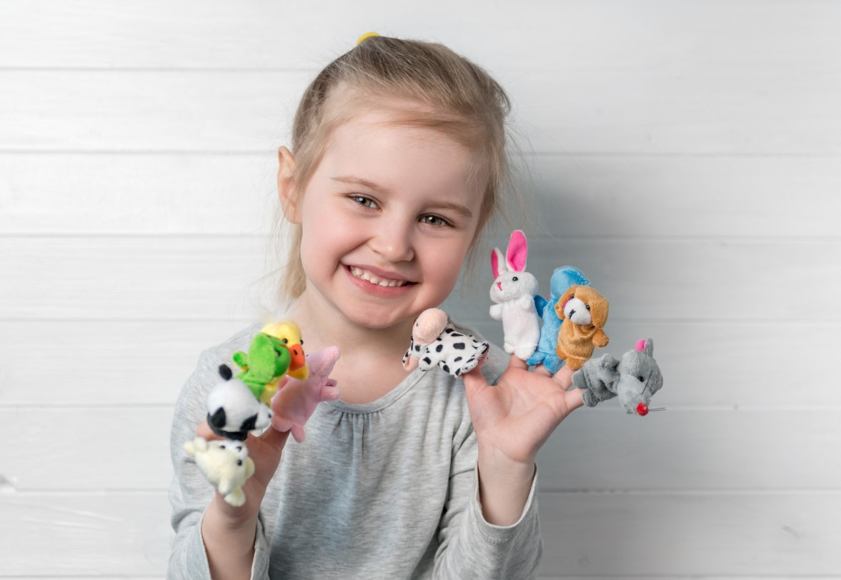 Using puppets to create an open language policy in the classroom