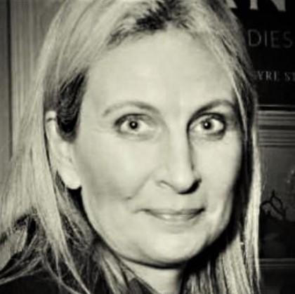 Dr Carmen Kealy