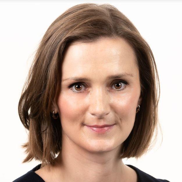 Dr Bozena Dubiel